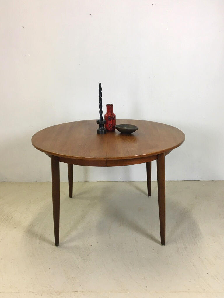 Morredi Round Danish Modern Teak Dining Table
