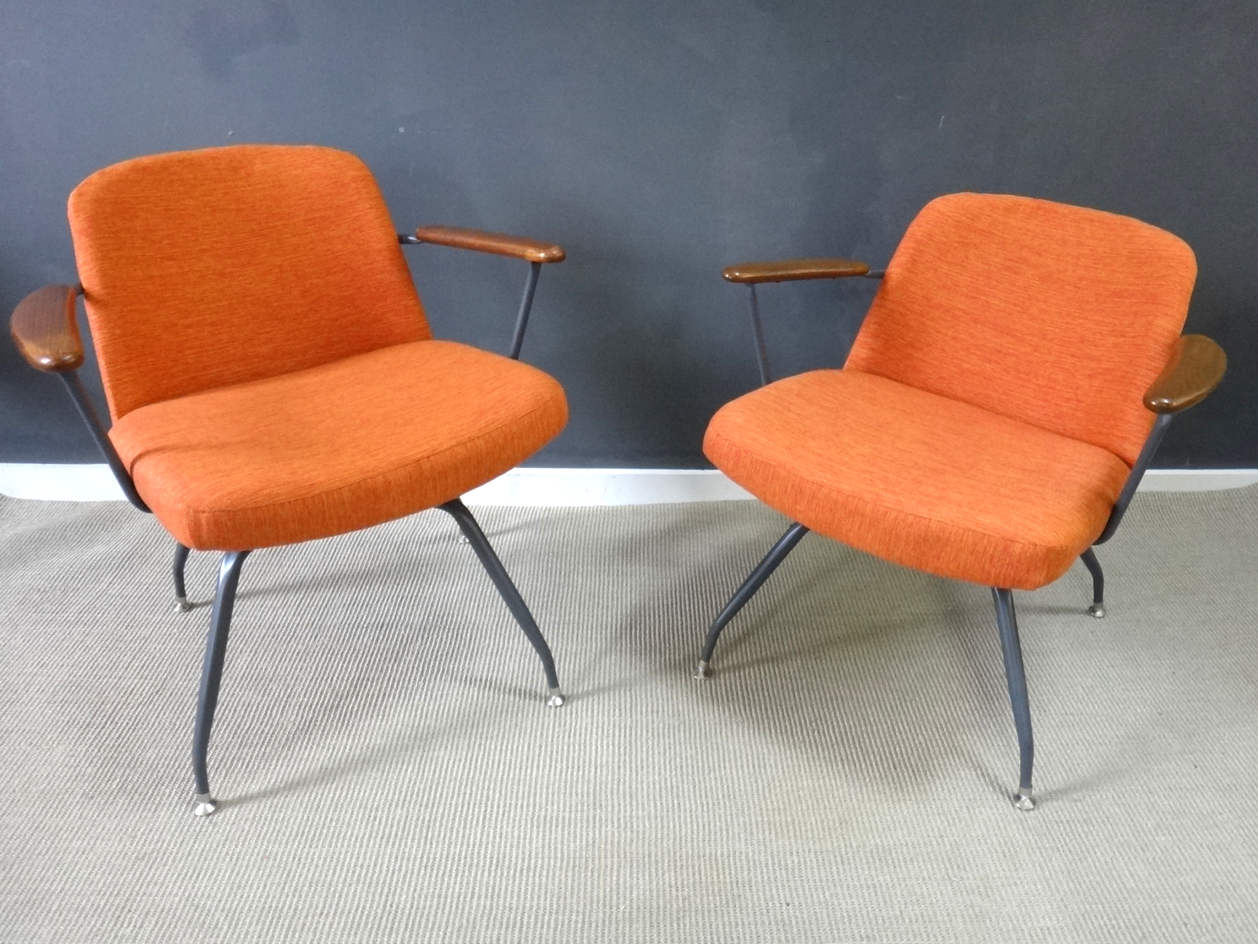 Pair Mid Century Upholstered Seng Chairs ... & Pair Mid Century Upholstered Seng Chairs - Retrocraft Design ...