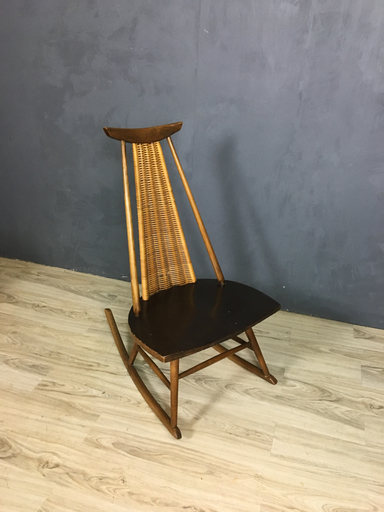 Mid Century Dr No Wicker Rocker