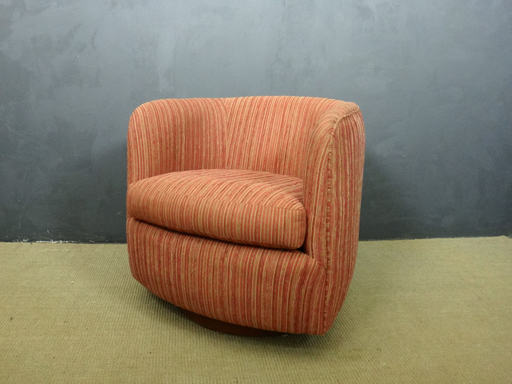 Mid Century Swivel Club Chair