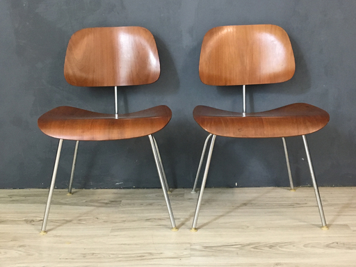 Pair of Eames Bent Plywood nbspChairs