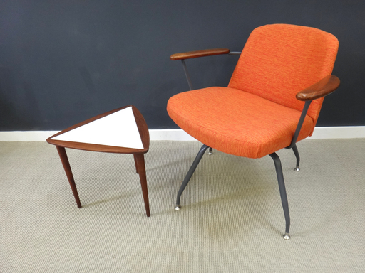 Petit Mid Century Triangular End Table