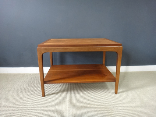 Mid Century Lane End Table with Shelf