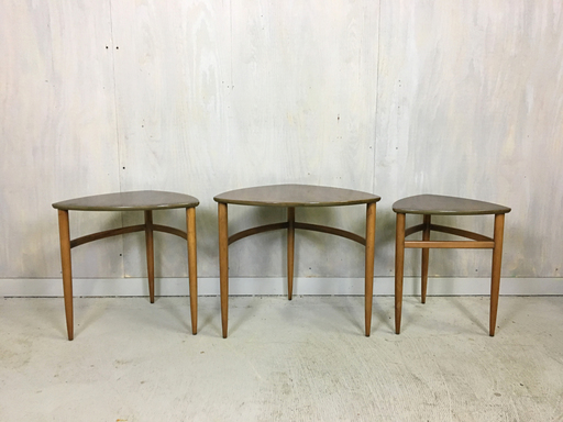 Morganton Danish Modern Nesting Tables