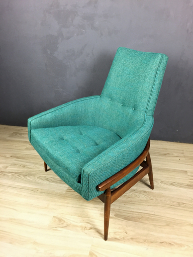 Mid Century Upholstered Lounge Chair