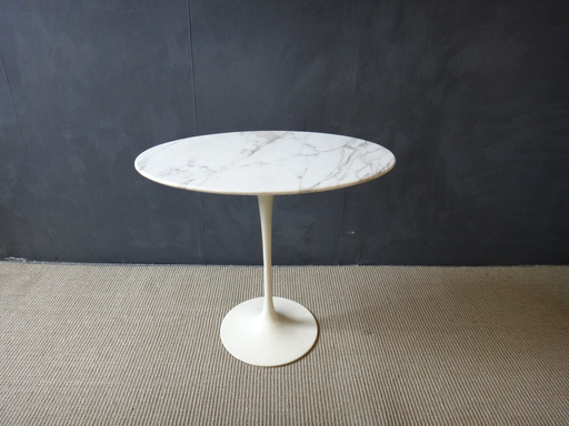 Mid Century Saarinen MArble Top Tulip Side Table