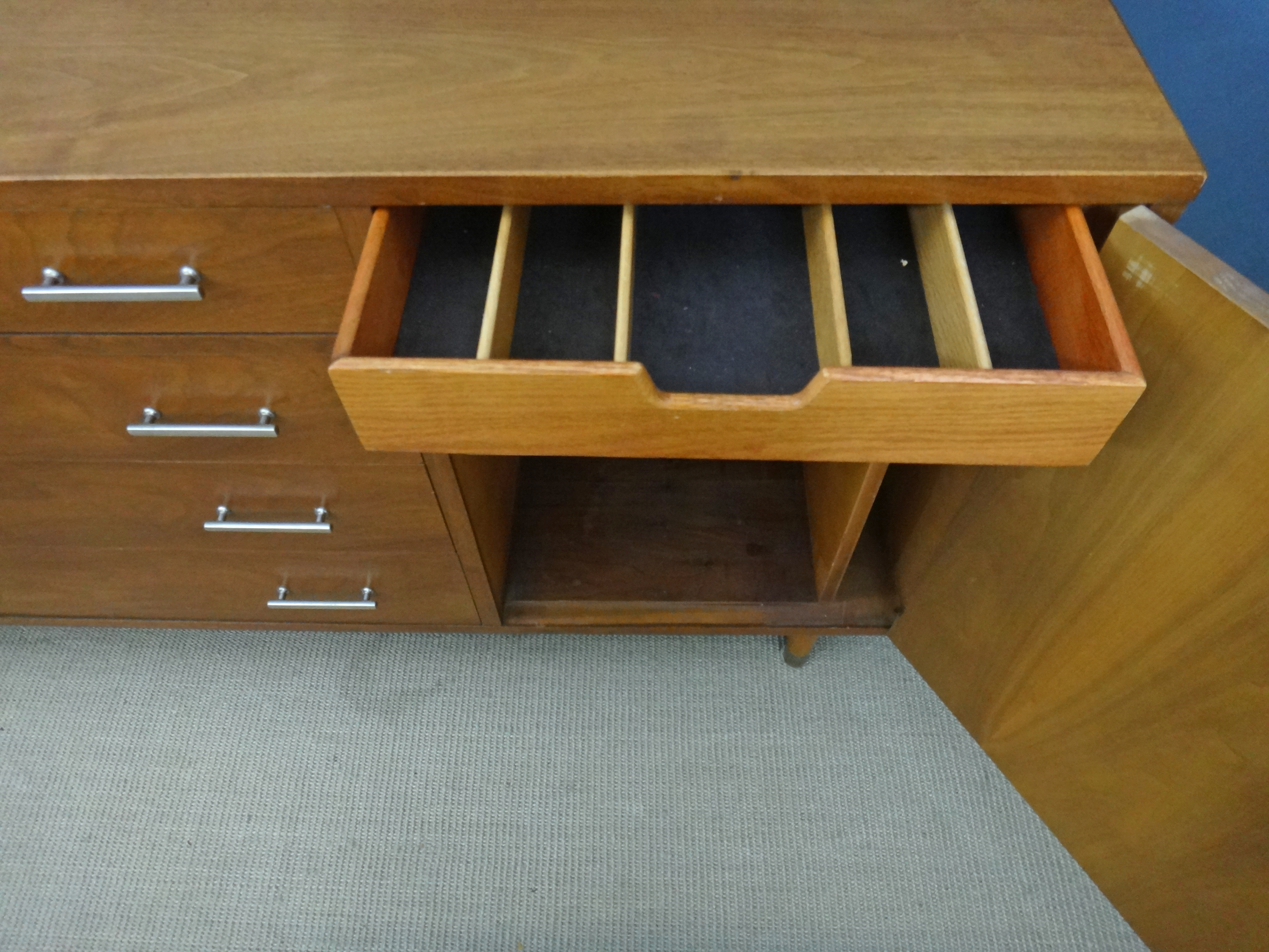Mid Size Drexel Credenza