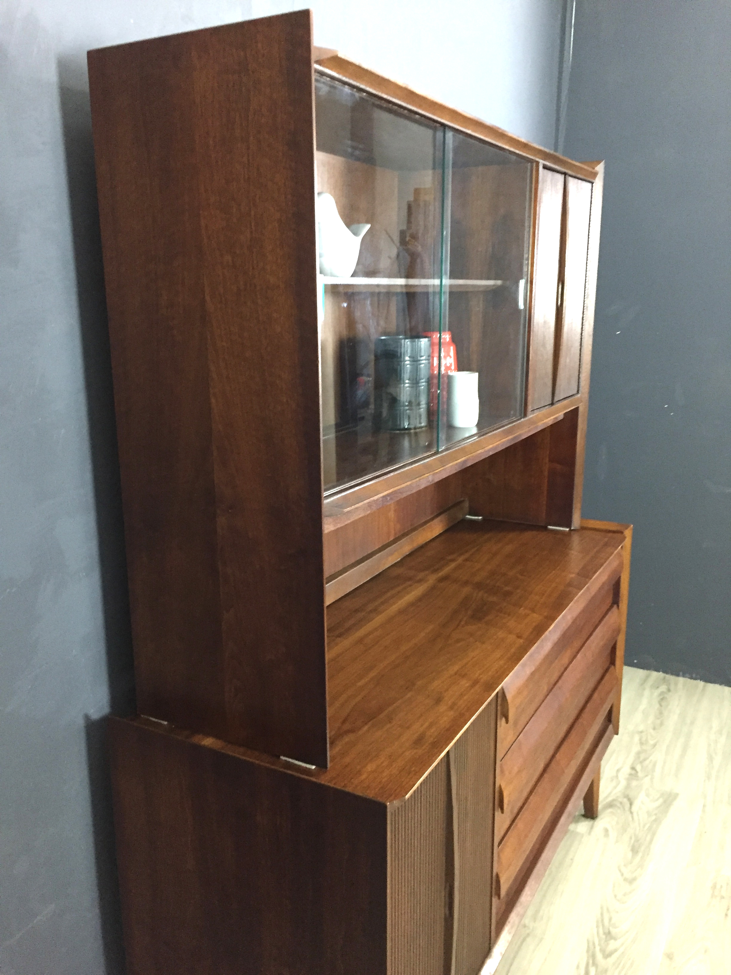 Lane Walnut Credenza/China Cabinet