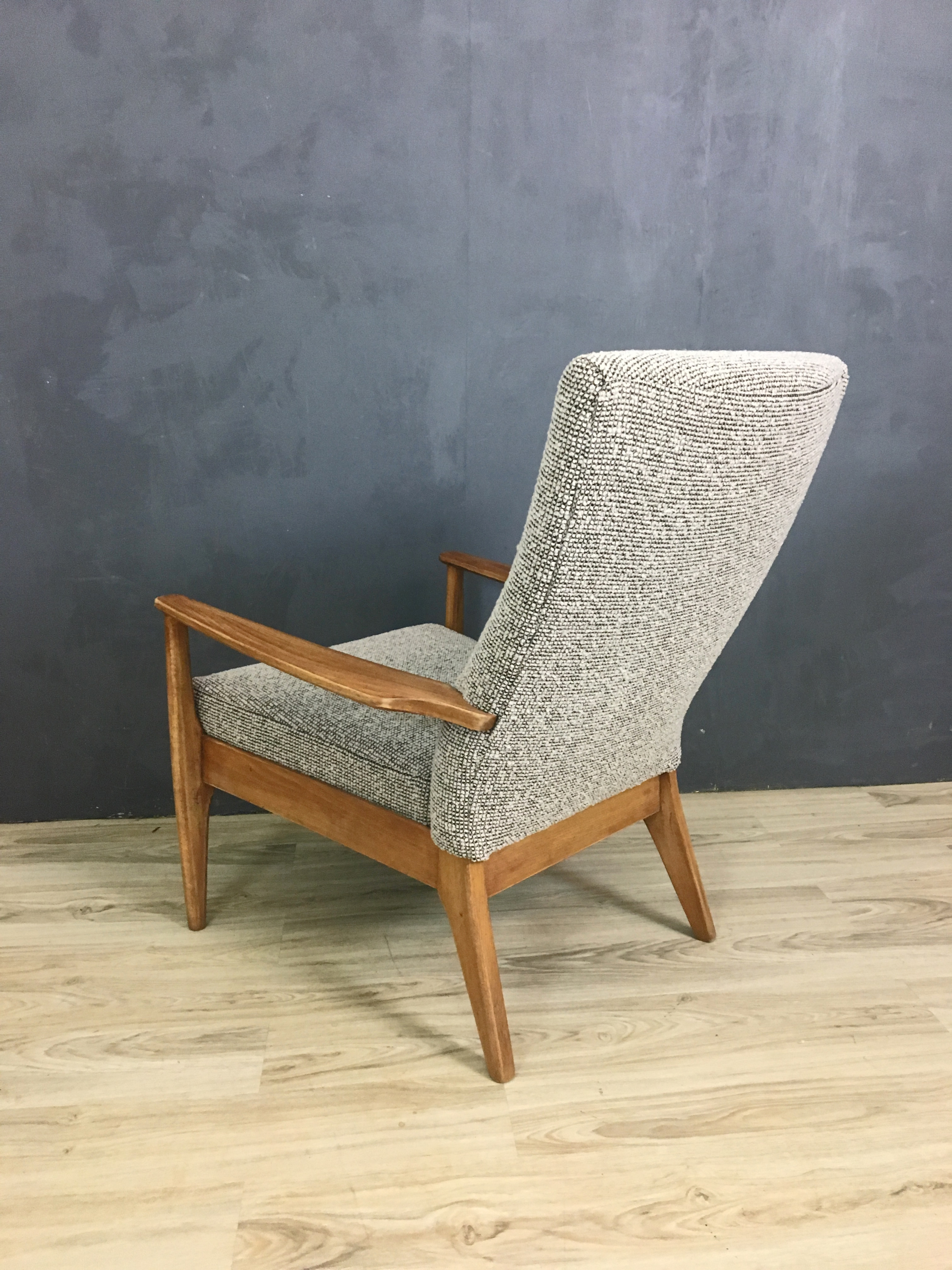 Parker Knoll British Upholstered Lounge Chair