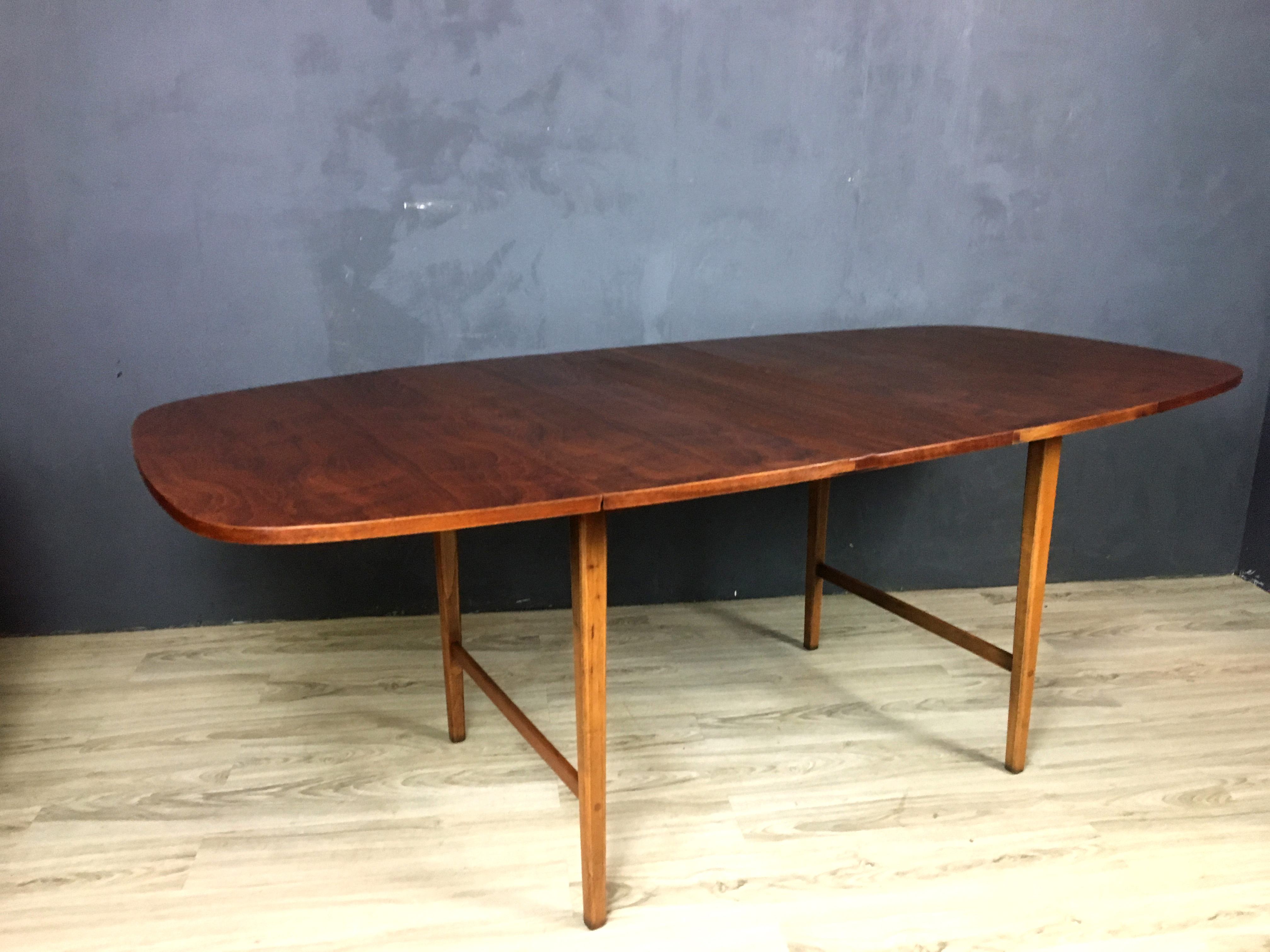 Walnt Drop-Leaf Table