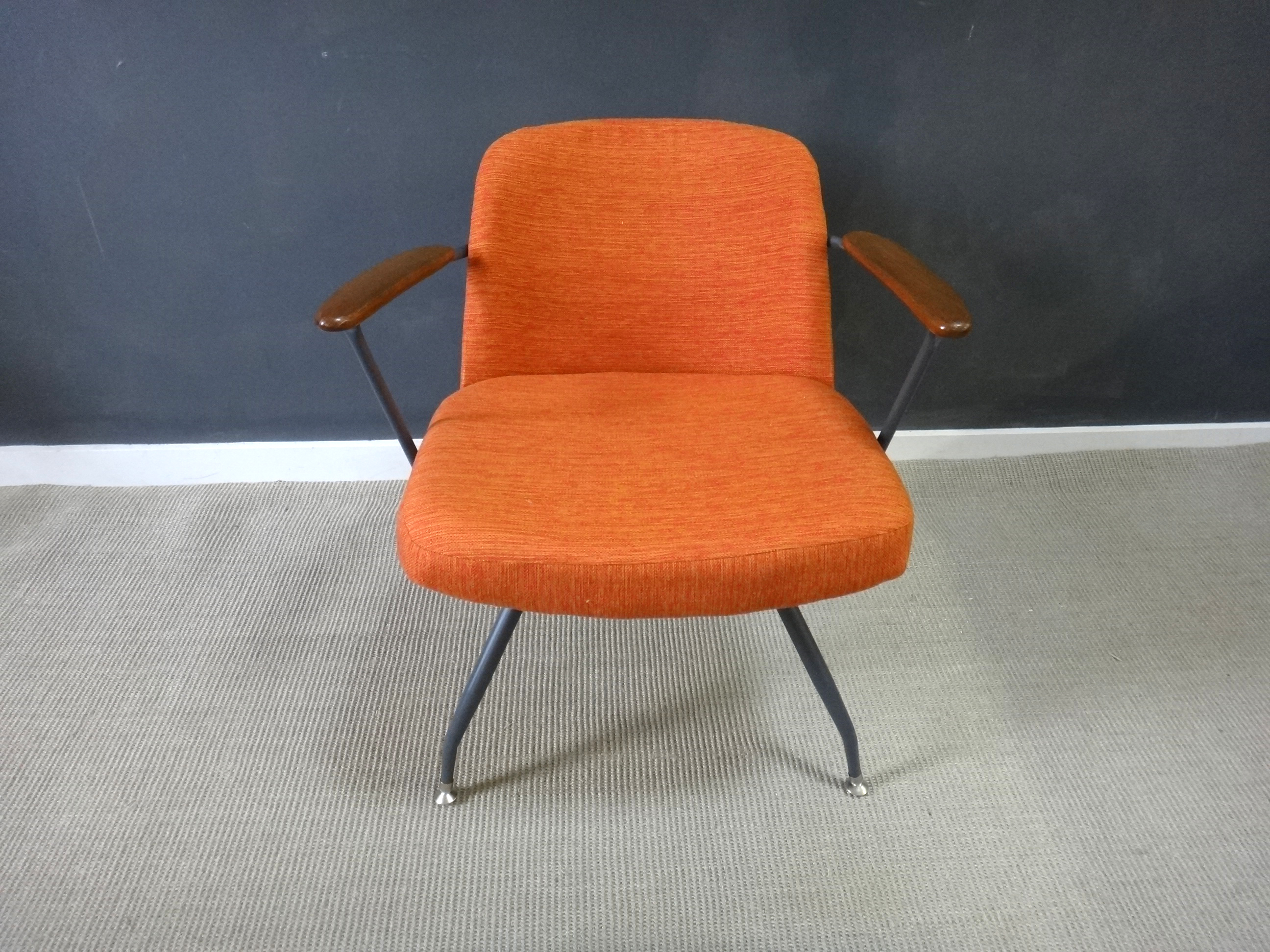 Pair Mid Century Upholstered Seng Chairs Pair Mid Century Upholstered Seng Chairs ... & Pair Mid Century Upholstered Seng Chairs - Retrocraft Design ...