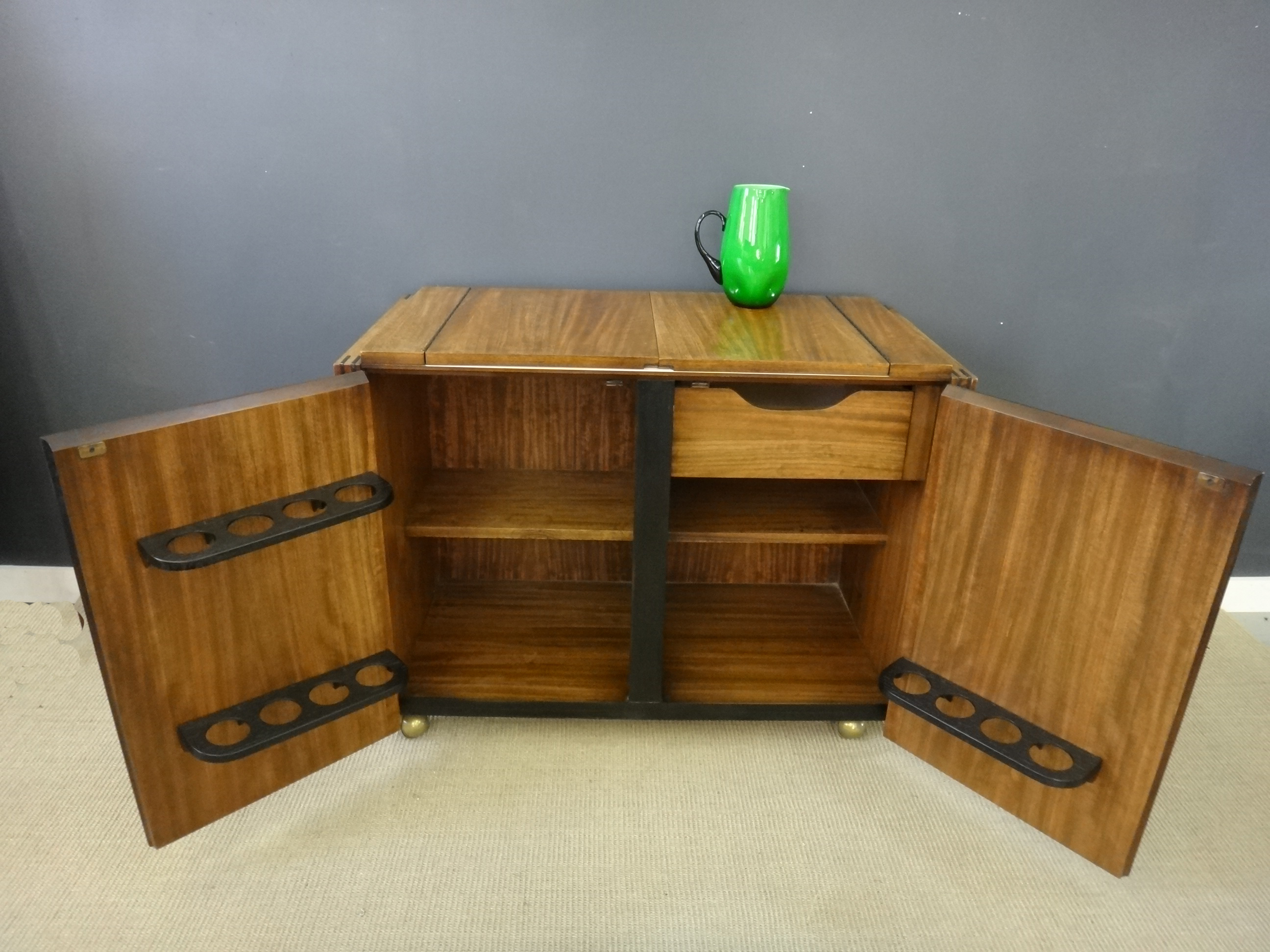 Mid Century Lane Bar