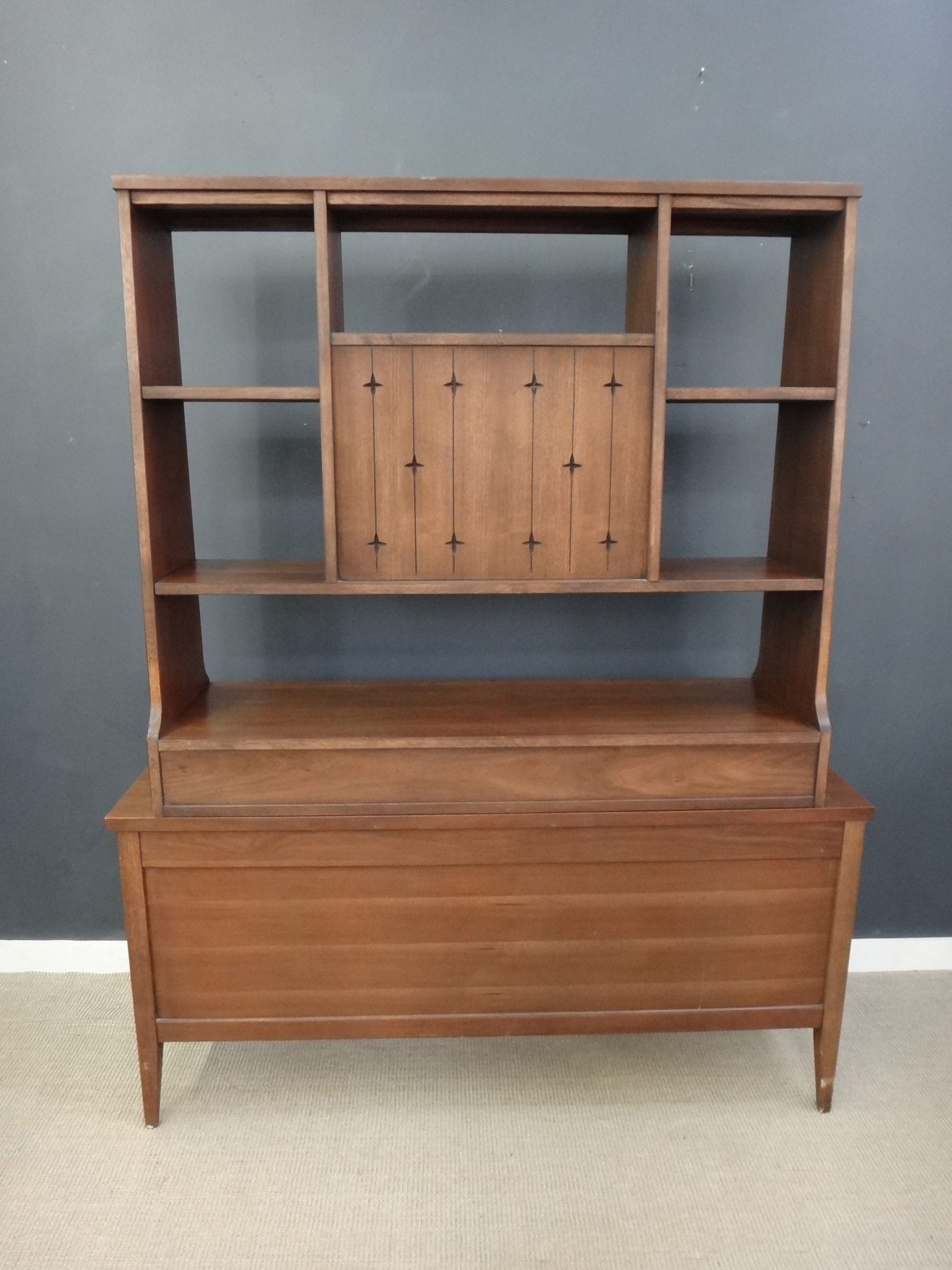 Mid Century Broyhill Saga Room Divider/Shelf Unit