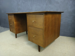 Paul McCobb Planner Group Double Pedestal Desk
