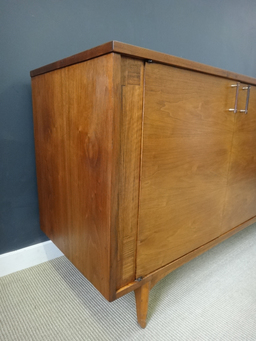 additional images for Mid Century Kroehler Credenza