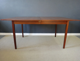 additional images for Large Broyhill Sculptra Walnut Dining Table