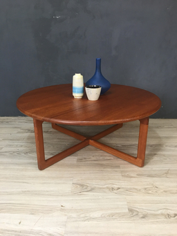 additional images for SALE - Danish Modern Round Teak Coffee Table