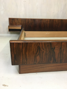 additional images for Kingsize Rosewood Platform Bed with Floating Nightstands